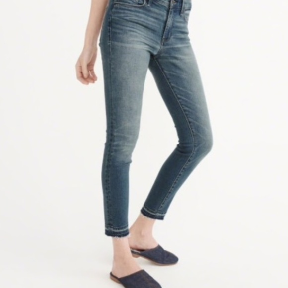 Abercrombie & Fitch Denim - Abercrombie Harper Ankle Low Rise Jeans 25/0S